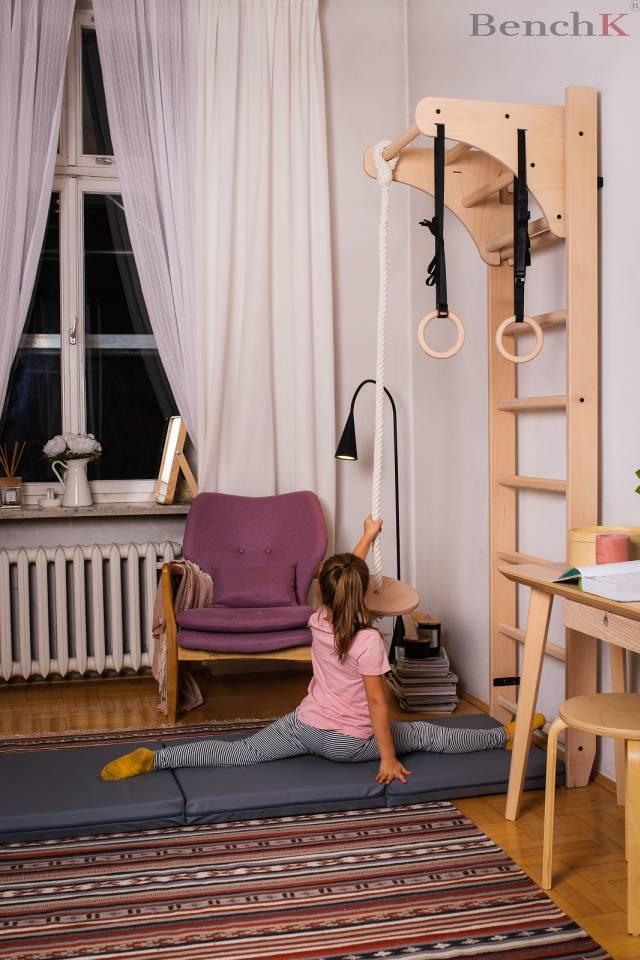 BenchK 112 Sprossenwand - 8 Sprossen inkl. abnehmbare Klimmzugstange + Zubehör für Kinder