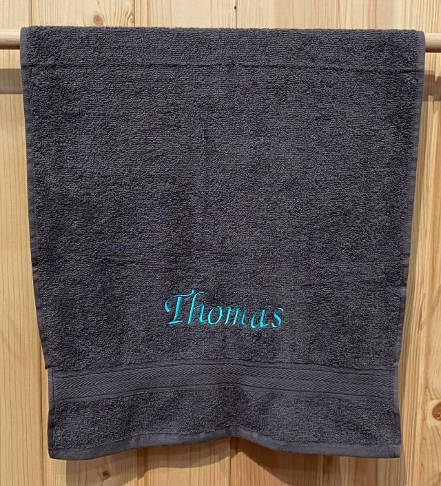 Towels by Jassz Handtuch (bestickbar), 50 x 100 cm, aubergine